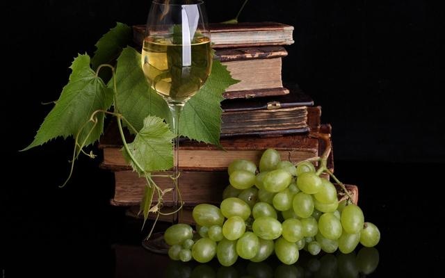 knjige - Page 2 Wine_and_books_1080_P_wallpaper