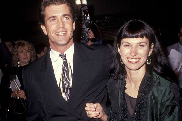 Mel Gibson - Página 2 Mel_gibson_and_robyn_moore_in_1990_pic_getty_616