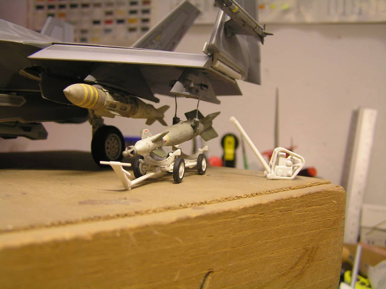 "F-35C  1/48 ... H  ""αεροπλαναρα""  !!! - Σελίδα 4 P1010079"
