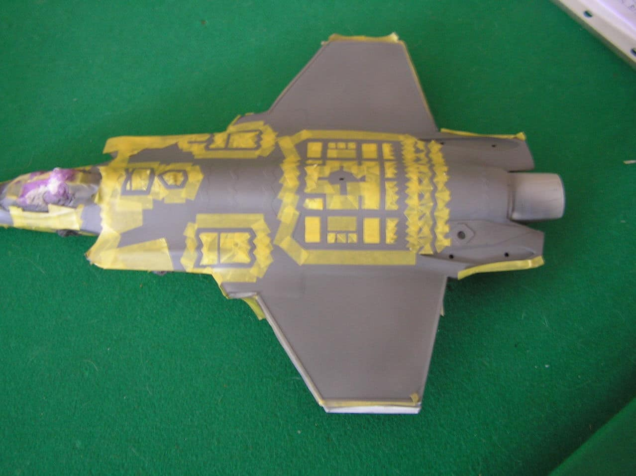 "F-35C  1/48 ... H  ""αεροπλαναρα""  !!! - Σελίδα 2 P1010056"