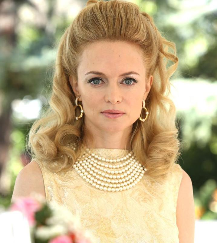 Heather Graham es Corrine Foxworth 1925340_881446215208020_6320970627450194126_n