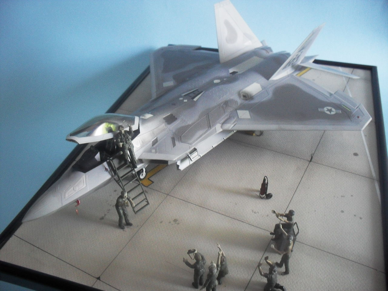 "F/A-22A  1/48  Hasegawa...""σε οσους αρεσουμε, για τους αλλους δεν θα μπορεσουμε!!!"" - Σελίδα 2 Image"