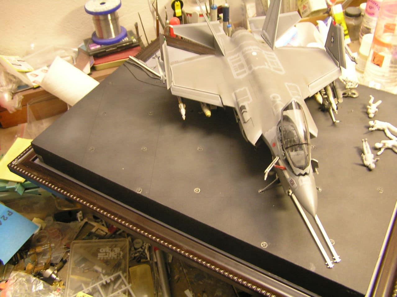 "F-35C  1/48 ... H  ""αεροπλαναρα""  !!! - Σελίδα 4 P1010104"