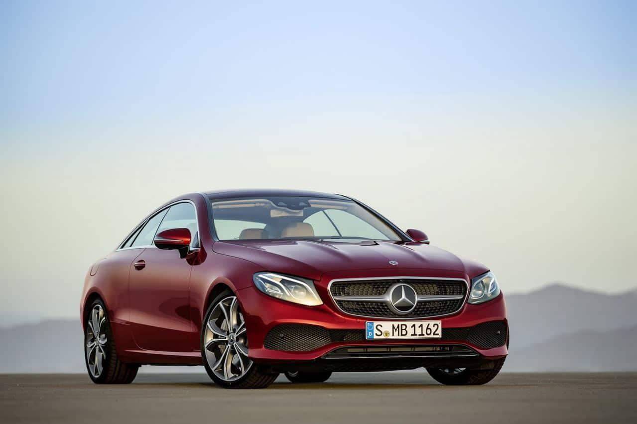 Nova Classe E Coupé 2018 é revelada 2018_Mercedes_E_Class_Coupe_19