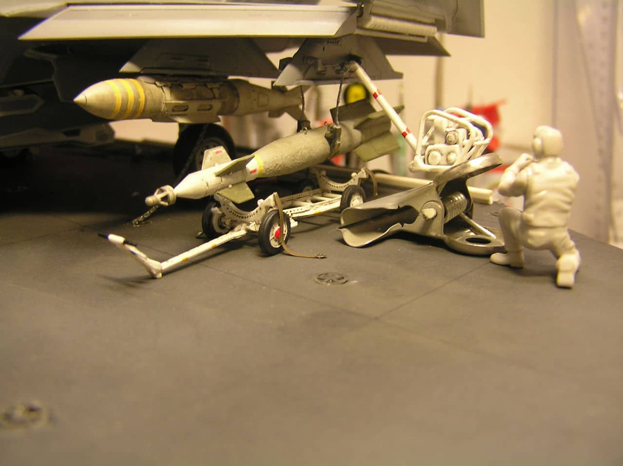 "F-35C  1/48 ... H  ""αεροπλαναρα""  !!! - Σελίδα 4 P1010096"