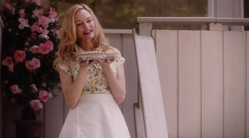 Heather Graham es Corrine Foxworth 10365804_878839258802049_1458577287977695948_n