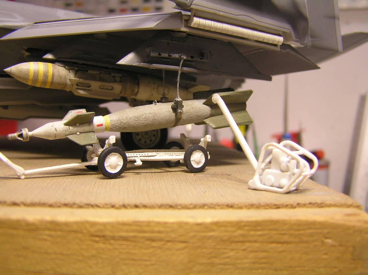 "F-35C  1/48 ... H  ""αεροπλαναρα""  !!! - Σελίδα 4 P1010078_2"