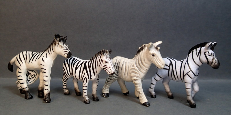 Mojo mini wild animals , - a dream came true :-D Mojo_Mini_Compare_Zebra_zpsnhnonmgm