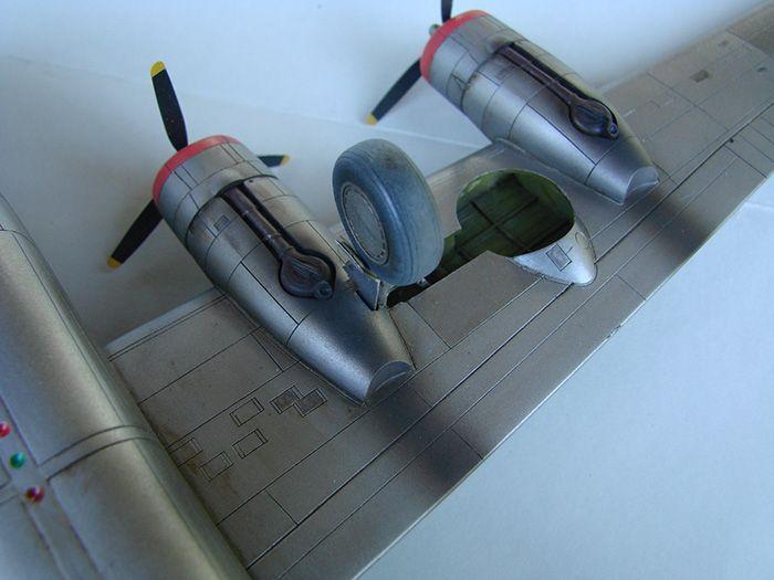 B-24J Liberator, Academy, 1/72 DSC04878
