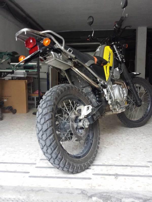 Sale la fierecilla que lleva la Tricker dentro Moto2
