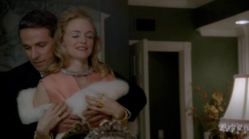 Heather Graham es Corrine Foxworth 10734005_881015251917783_4615928316089925435_n