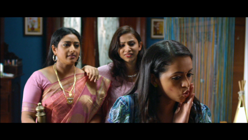 New Malayalam Blu Ray/DVD/ VCD Releases - Page 5 Vlcsnap_2013_09_11_18h09m10s90
