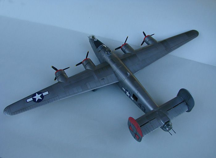 B-24J Liberator, Academy, 1/72 DSC04875