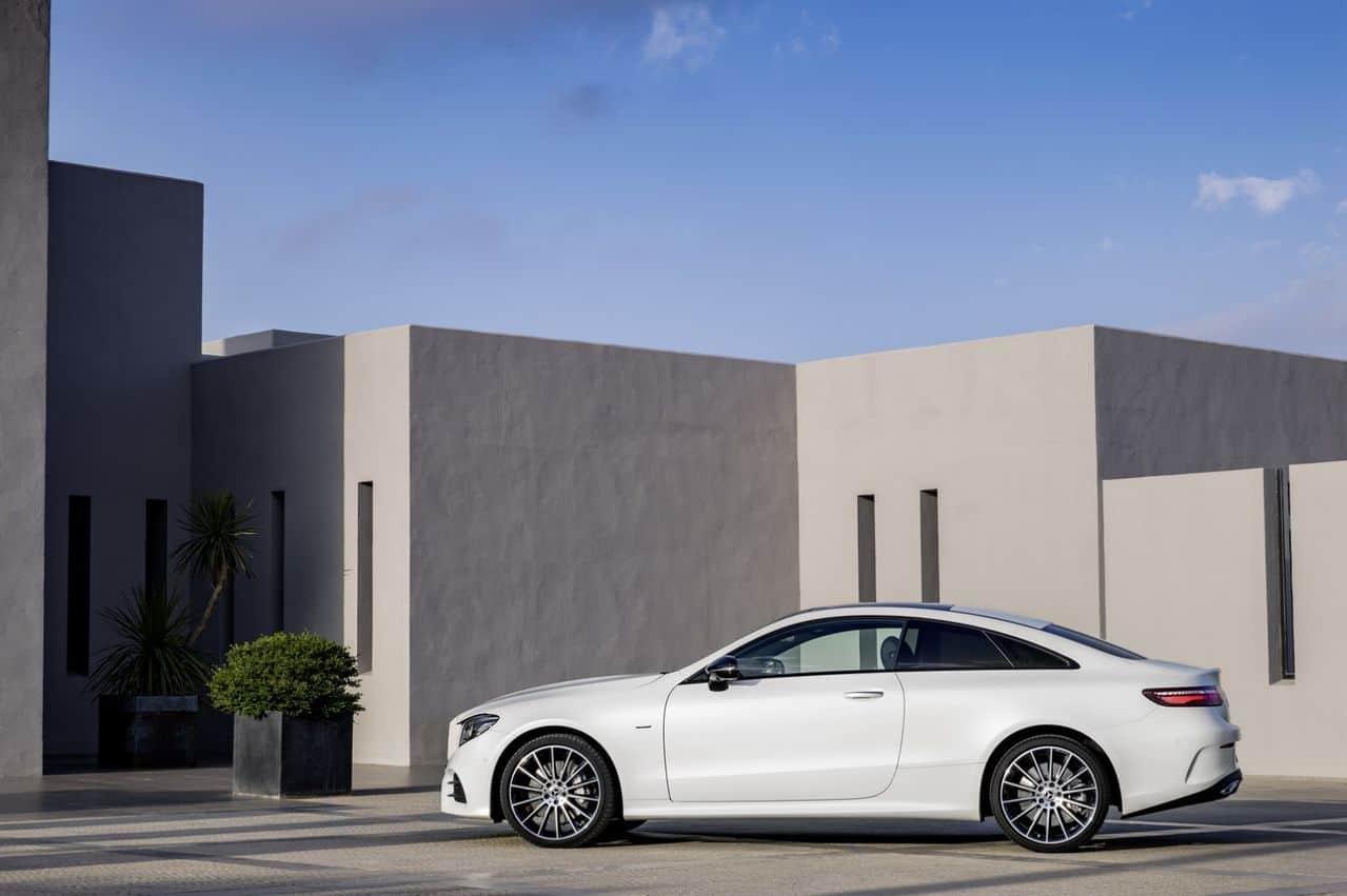 Nova Classe E Coupé 2018 é revelada 2018_Mercedes_E_Class_Coupe_55