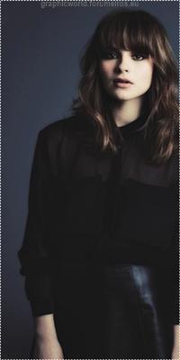 Gabrielle Aplin Image