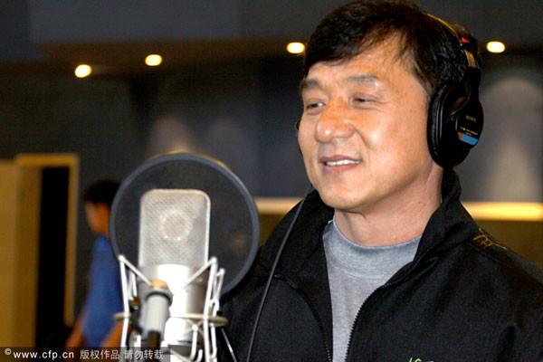 Tony Jaa (Actor, Artista Marcial Tailandés) Jackie-_Chan-_Cantor-600x400
