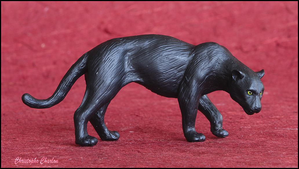 Eikoh 'Miniatureplanet' Black Panther walkaround   Eikoh_Black_panther-1.jpg_original