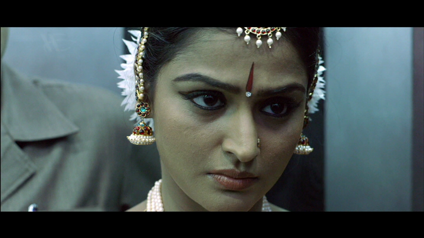 New Malayalam Blu Ray/DVD/ VCD Releases - Page 5 Vlcsnap_2013_09_11_19h30m48s177