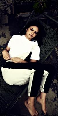 Camila Mendes Image