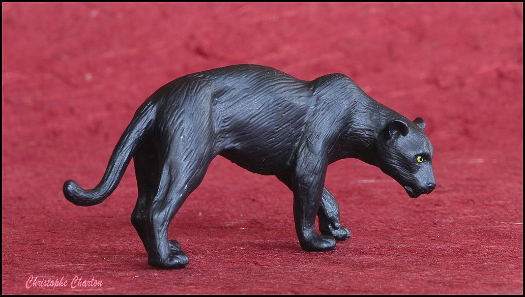 Eikoh 'Miniatureplanet' Black Panther walkaround   Eikoh_Black_panther-2.jpg_original