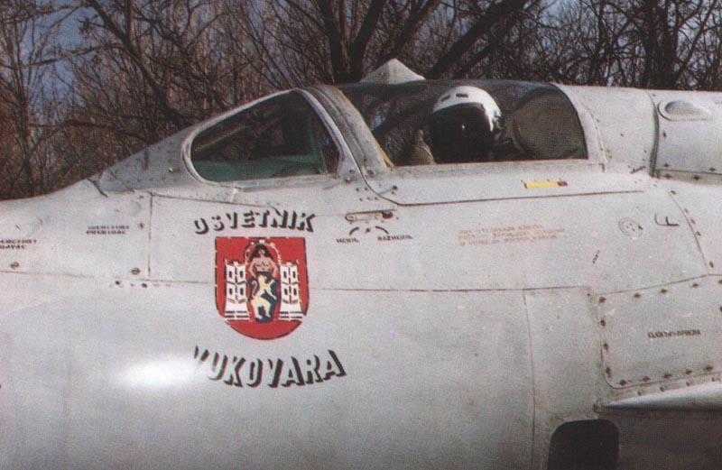 "Novi ""kovozadijev"" Mig-21bis, 1:72 Mig21bis103"