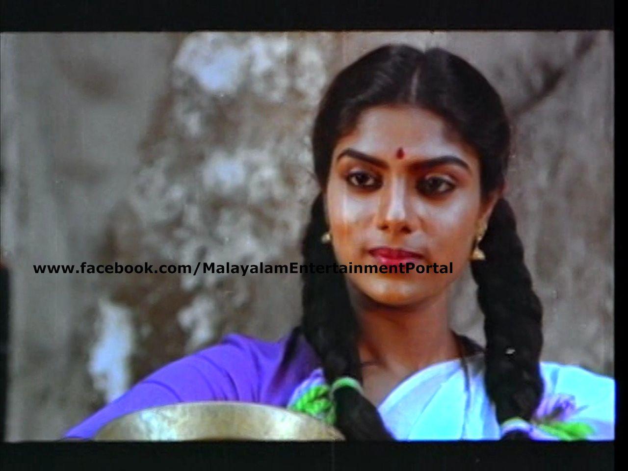 Mukundetta Sumithra Vilikyunnu Saina DVD Screenshots Bscap0007