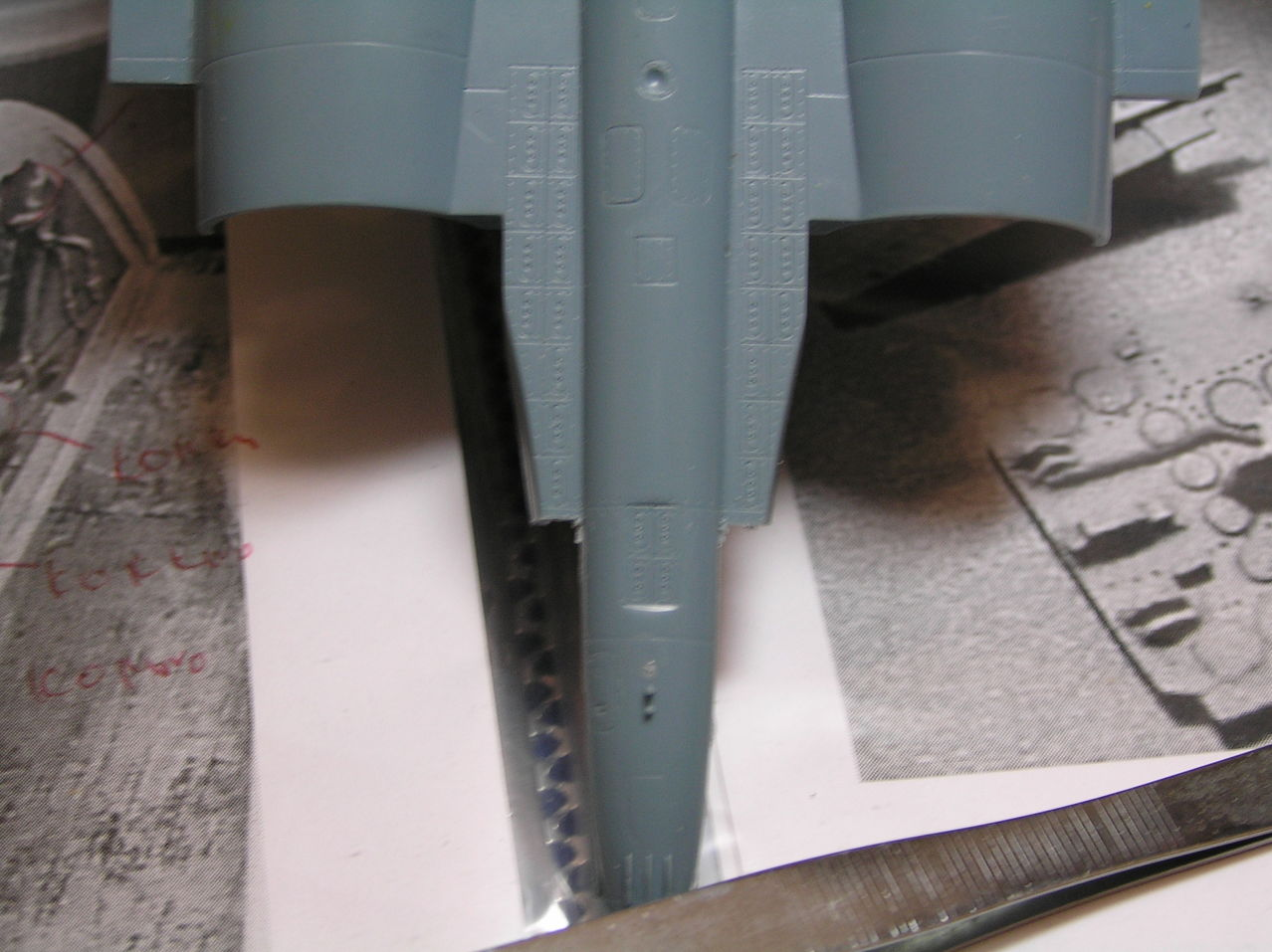 ...καπως ετσι αρχισαν ολα...Su-27  και τα μυαλα στα καγκελα... P1030136