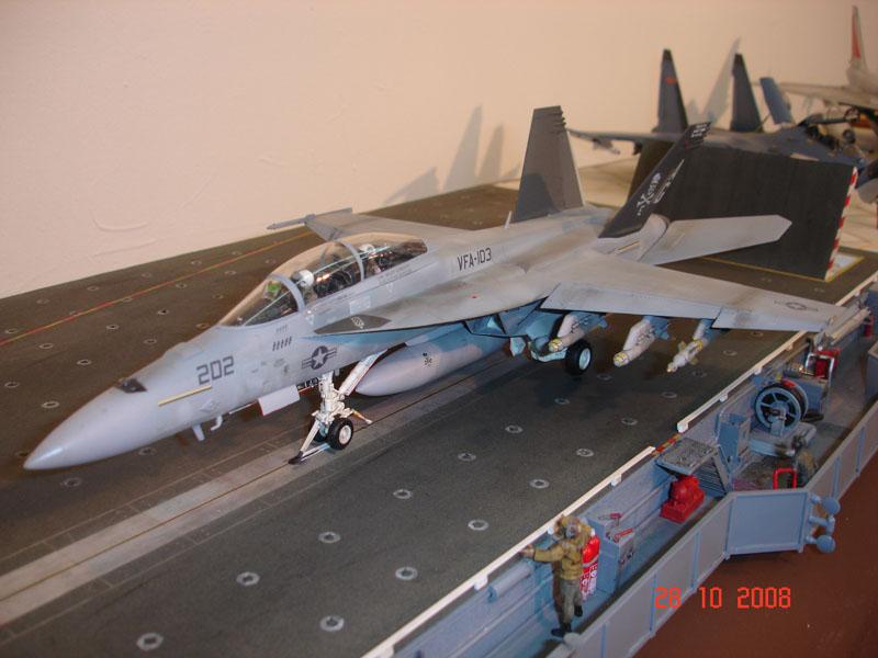 F/A-18F VFA-103 Jolly Rogers, Hasegawa 1/48 DSC07467_1_1