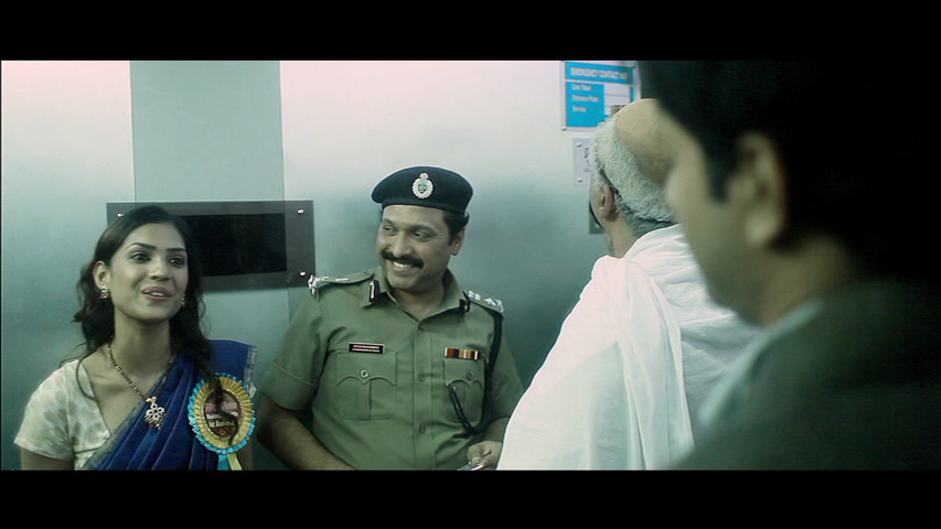 New Malayalam Blu Ray/DVD/ VCD Releases - Page 5 Vlcsnap_2013_09_11_19h30m05s1