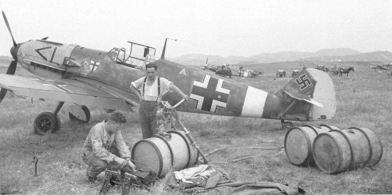 Messerschmitt Bf 109 E-3 / E-4 arfix Me109_E7_6