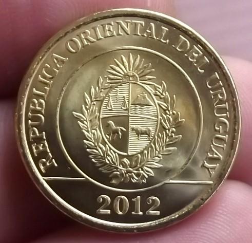 Nuevas Monedas Uruguay (2011-2012) 680897664_o