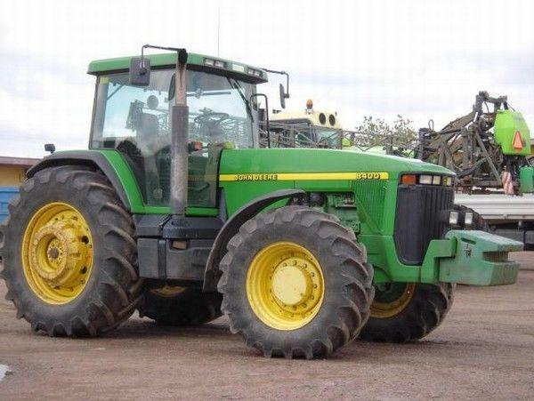 Hilo de tractores antiguos. - Página 22 JOHN_DEERE_8400