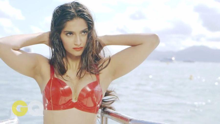 Sonam Kapoor Sizzles in GQ Magazine#3 Sonam_Kapoor_Fropki_004