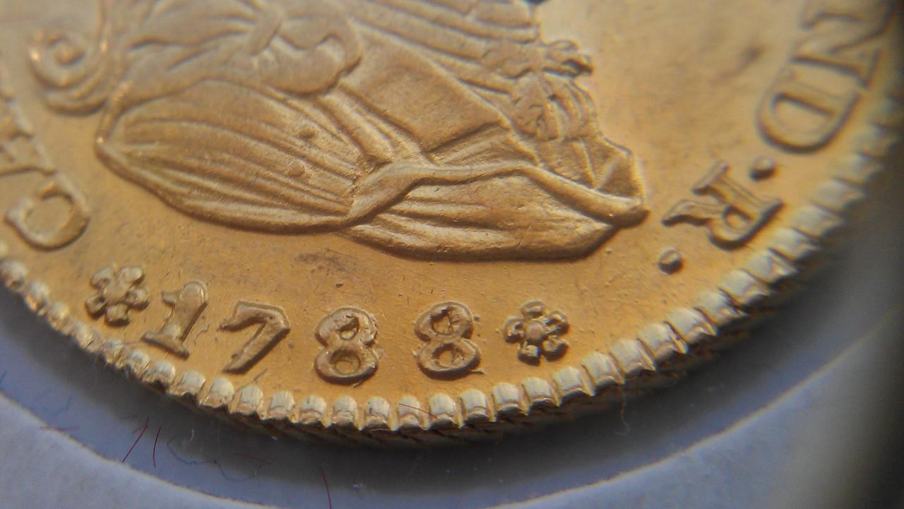 2  escudos 1788/1. Carlos III. Madrid. IMAG0564