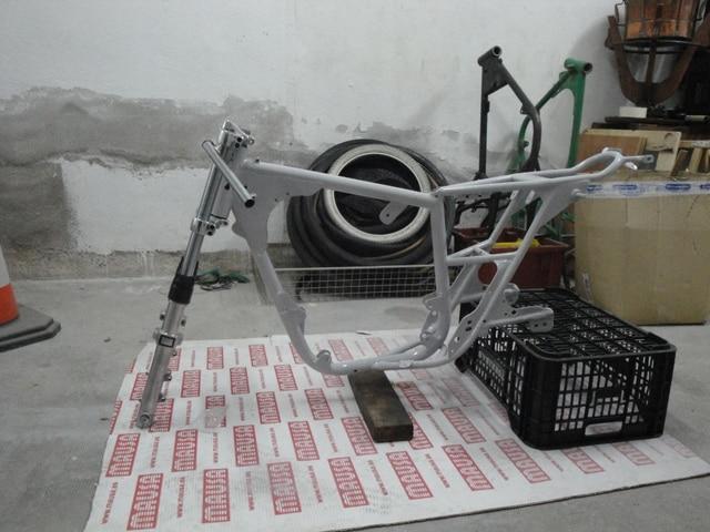 Reconstrucción Bultaco 24 Horas - Página 2 DSC04797