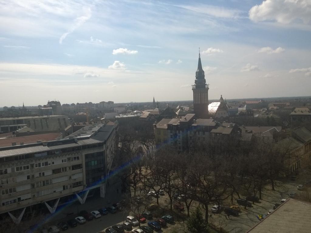 Grad Subotica WP_20150406_001