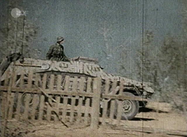 Sd.Kfz. 261 Kleiner Panzerfunkwagen 247