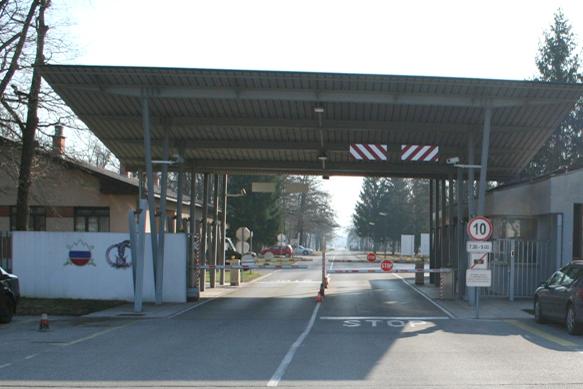 Kasarne i vojni objekti JNA - SLOVENIJA Voj_peperko