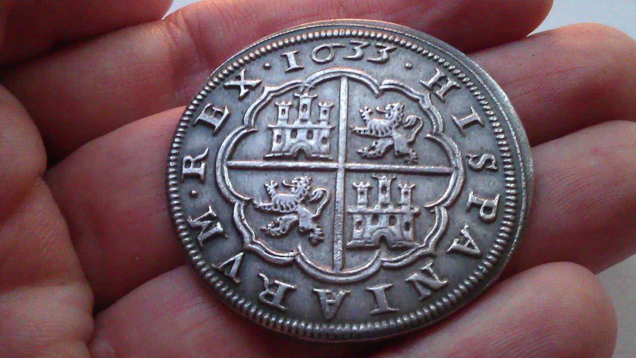 8 reales 1633. Felipe IV. Real Ingenio de Segovia. IMAG1236