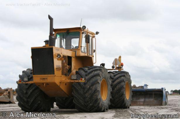 Hilo de tractores antiguos. - Página 40 CAMECO_405_B