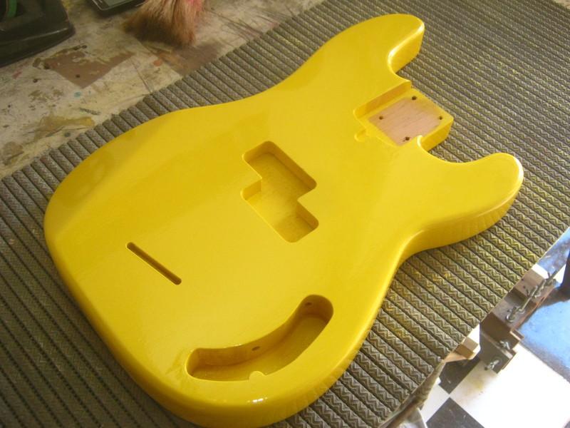 Precision Bass Amarelo (Já vi um por aqui :-P) - Finalizado IMG_2598
