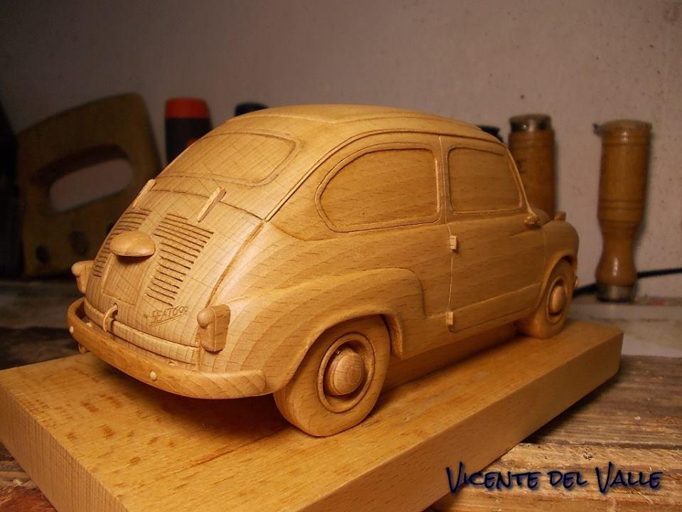 Nuestros coches en Miniatura - Página 3 Seat_600_N_de_madera