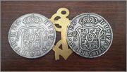 8 REALES FERNANDO VII ,1818, SEVILLA, C - J   ( manto sobre el segundo palo de GRATIA) 20151013_151717
