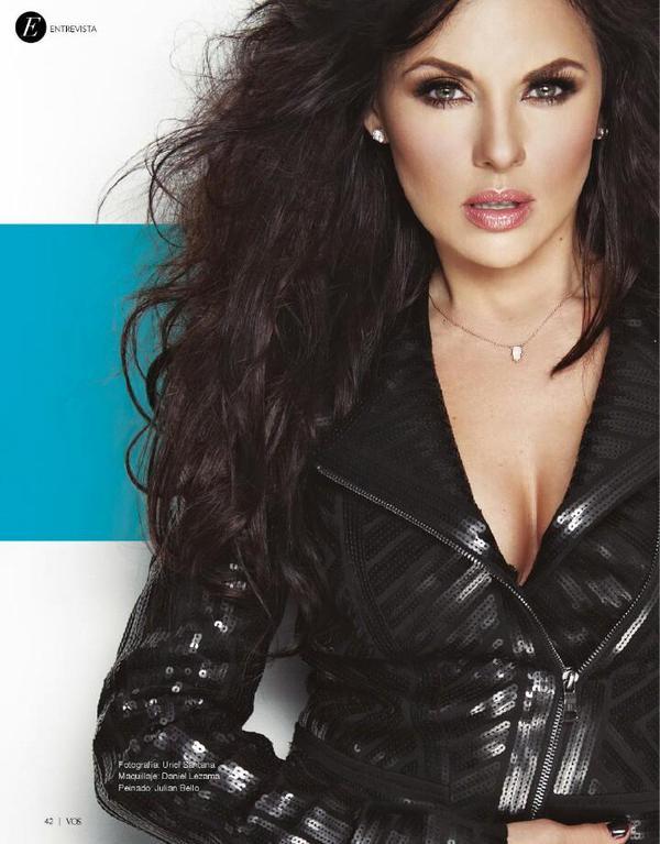 Vanessa Villela/ვანესა ვილიელა - Page 2 COv95c6_Wo_AAfxd6
