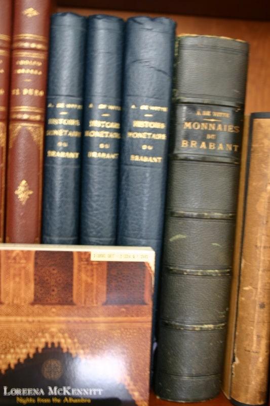 Mi humilde biblioteca IMG_1537