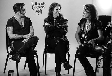 Le groupe Hollywood Vampires . - Page 4 Safe_image