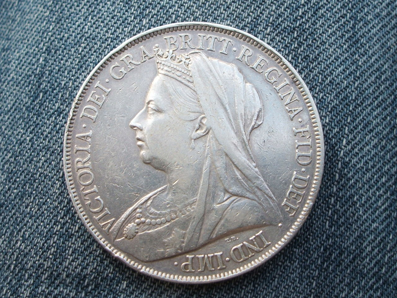 1 Crown. Reyna  Victoria. Reino Unido.  1900 012