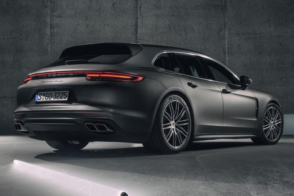 Porsche  Porsche_Panamera_Sport_Turismo_12_1024x682