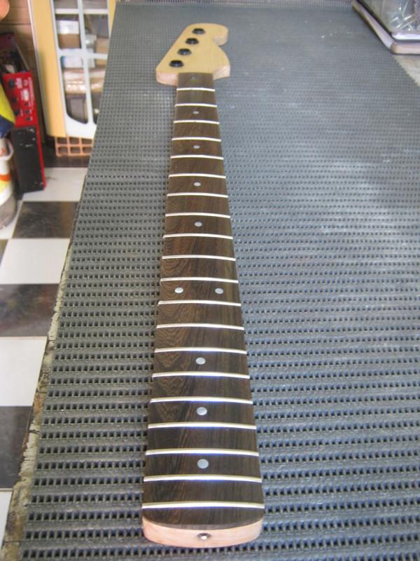 Precision Bass Amarelo (Já vi um por aqui :-P) - Finalizado IMG_2490