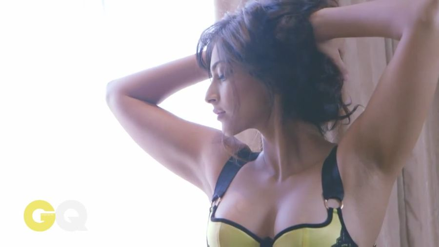 Sonam Kapoor Sizzles in GQ Magazine#3 Sonam_Kapoor_Fropki_003
